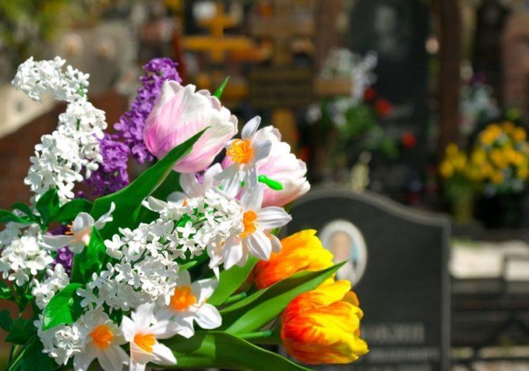 венки и искусственные цветы